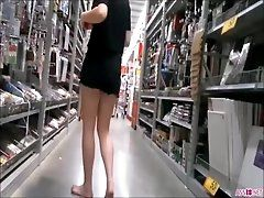 xhamster Barefoot Teen in Black Shorts