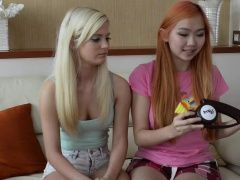 xhamster Candee Licious plays Bop It!...