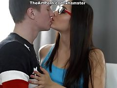 Now you wanna kiss me