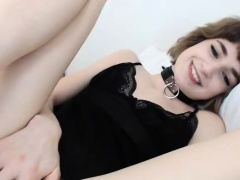 Amazing Teen Loves To Show Off...
