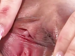 Young asian show pussy