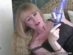 xhamster Cumslut Has A New Dildo Toy